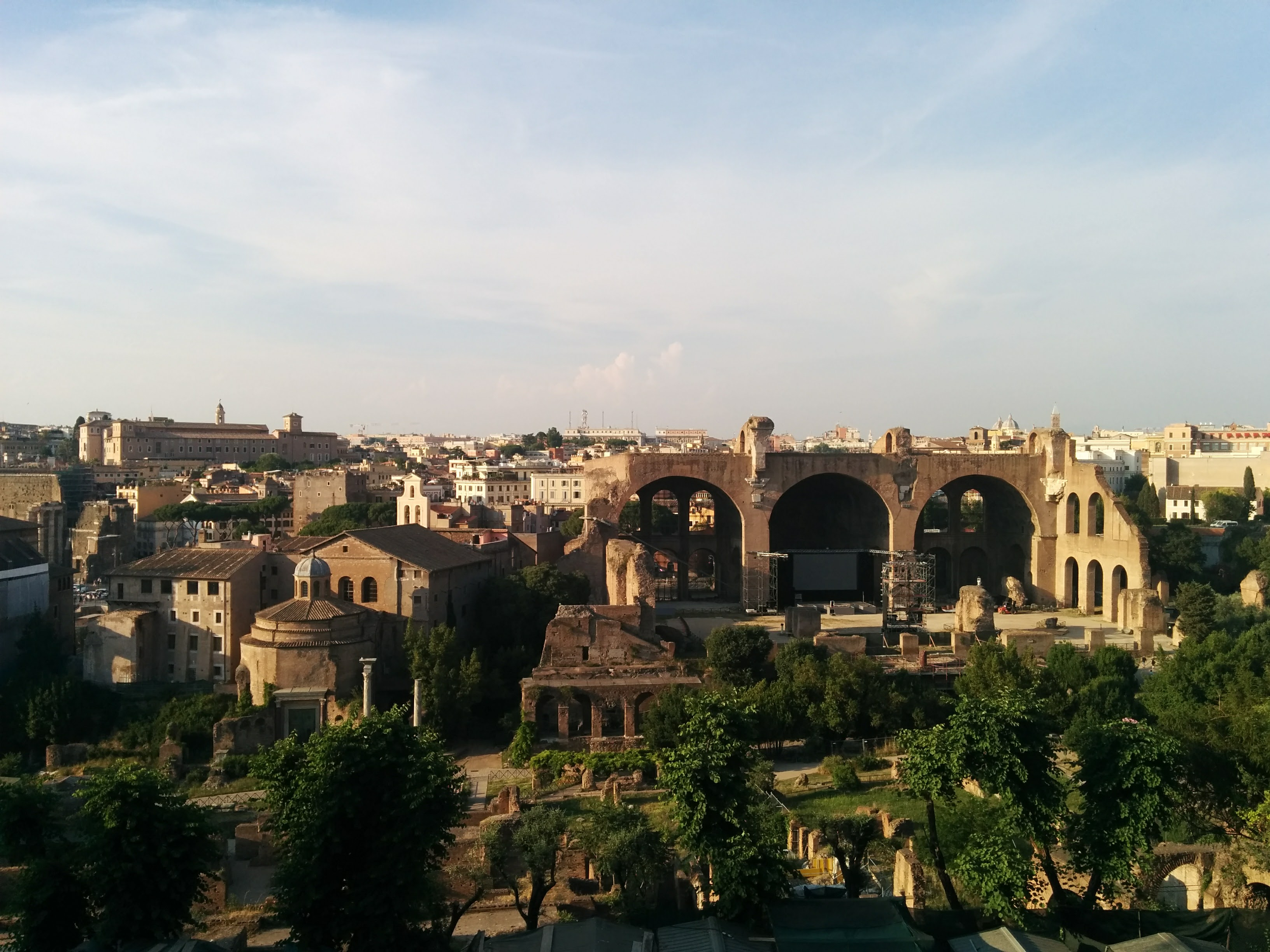 I would have liked more pictures in the Roman Forum - it was incredible. But we came pretty late, so we had to leave :/